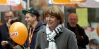ドイツで市長選候補が刺され重傷、政治・人種的動機か